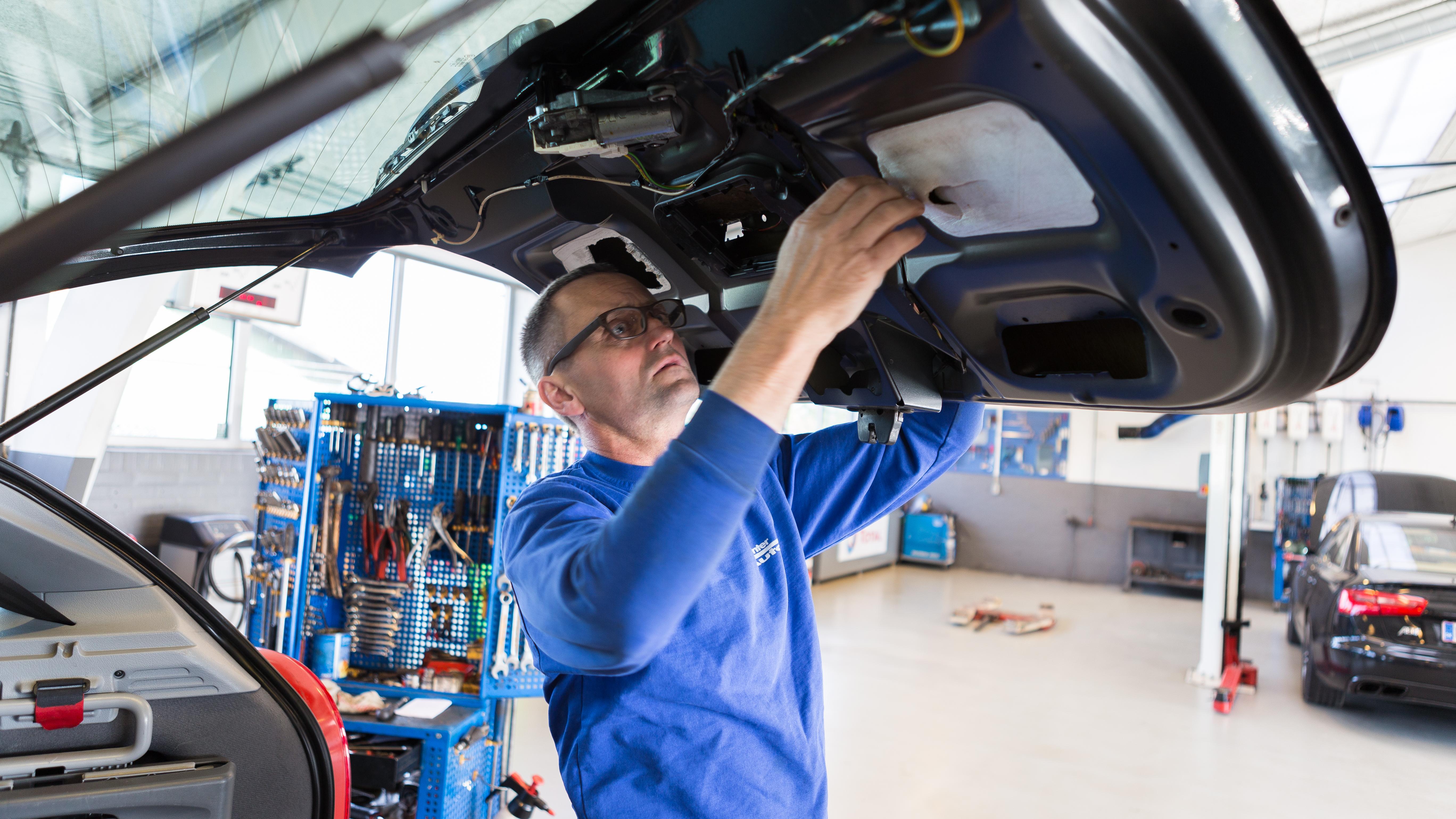 jørgen mekaniker autoværksted autoreparation