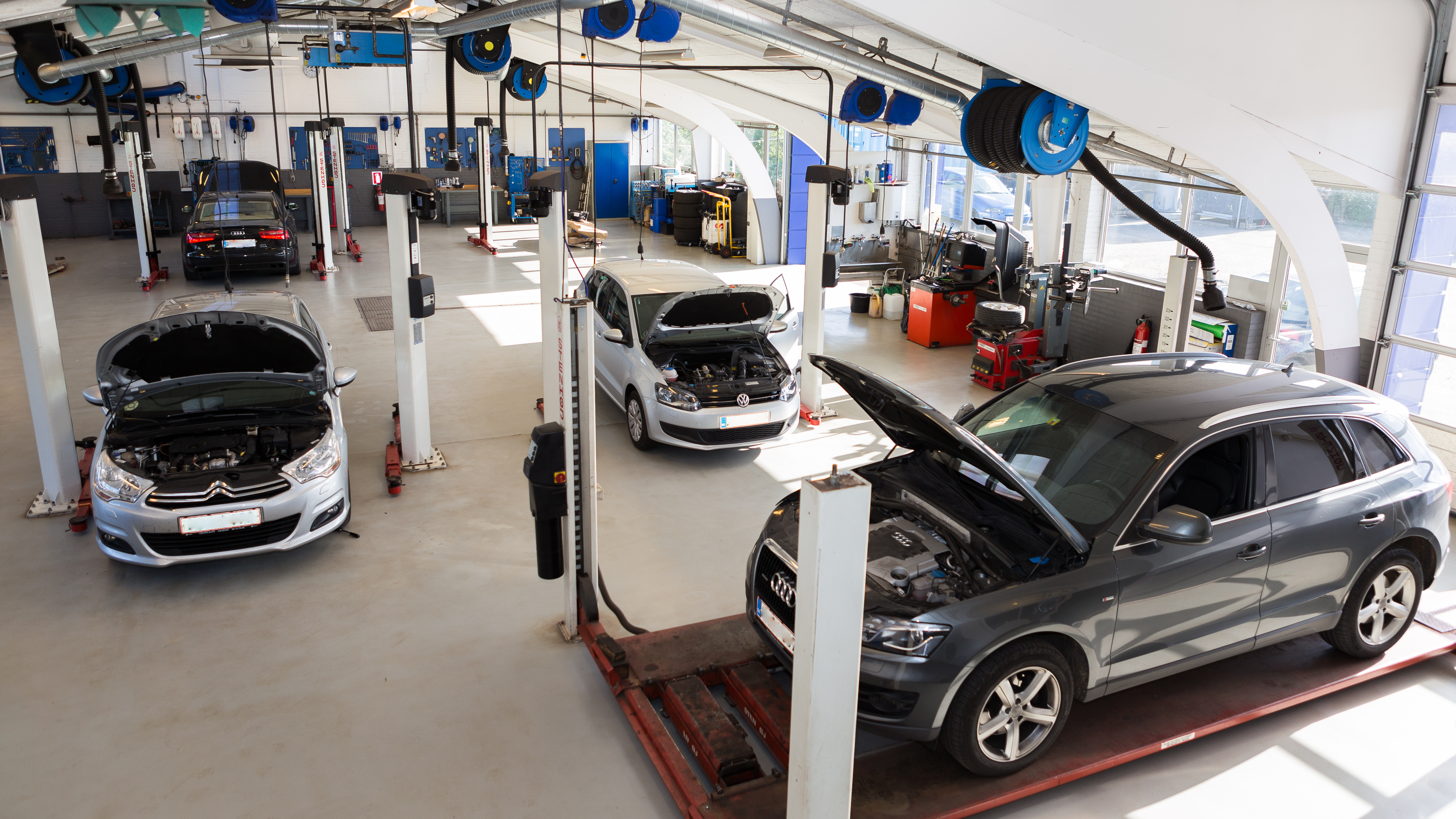 Picture of: Autoreparation Mekaniker Autovaerksted Aalborg Center Auto Aps