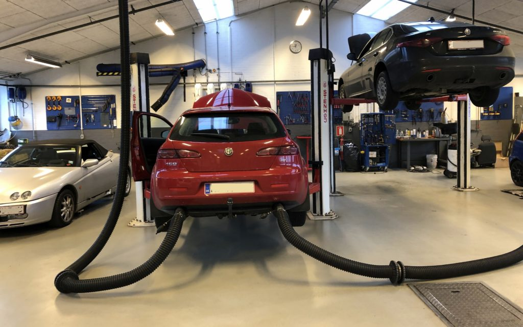 Picture of: Autovaerksted For Alfa Romeo I Aalborg Center Auto Aps
